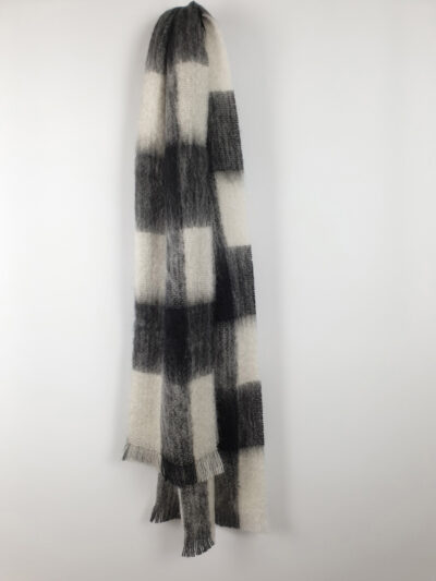 Black and white bold striped scarf